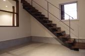 某企業社屋新築工事/階段