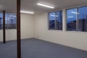 某企業社屋新築工事/事務室